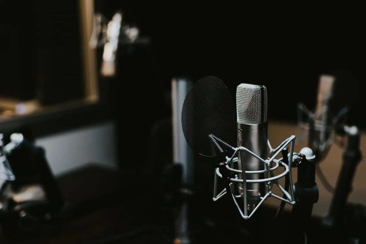 What Do Radio Stations Do To Make The Music Sound Better?   Integraudio.com